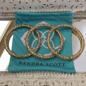 KENDRA SCOTT 3 GOLD BANGLE BRACELETS 🌻 NWOT!!!